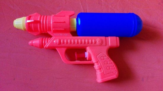 تفنگ آبپاش پمپی 2000 فروش