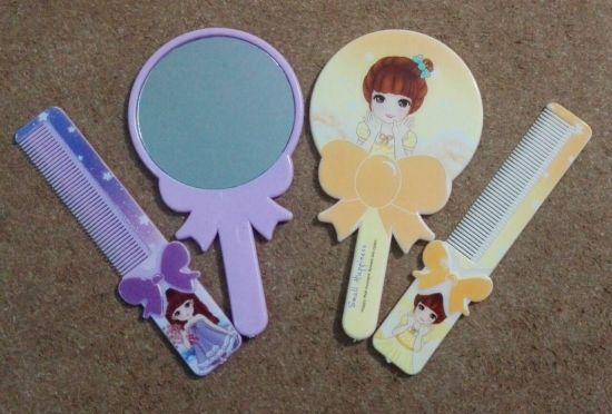 آینه و شانه  کوچک 2000 فروش